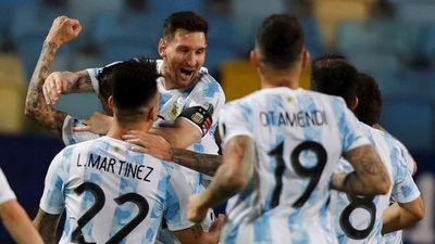 Argentina golea a Ecuador y se enfrentará con Colombia