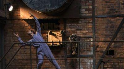Danza contemporánea Tuka'e en el Museo de la Electricidad