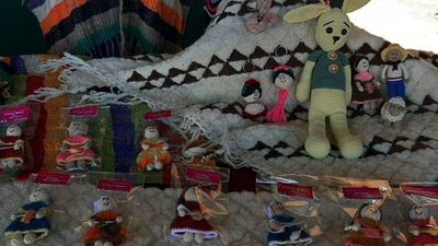 De abrigos a llaveros:   Innovan  artesanías  en San Miguel, Misiones