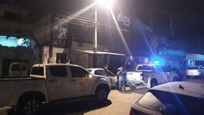 Policía interviene local nocturno en Ciudad del Este por aglomeración