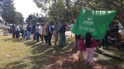500 familias recibieron gratis el aceite de cannabis este domingo en Pedro Juan