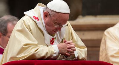 """El papa Francisco """"reaccionó bien"""" a la cirugía y permanecerá cinco días hospitalizado"""