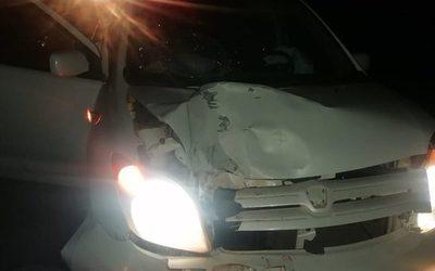 Violento accidente en Cedrales