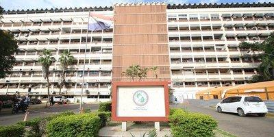 Formarán comisión especial para analizar situación del IPS
