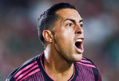 """Funes Mori marca y le caen elogios: """"No tenés rival"""""""