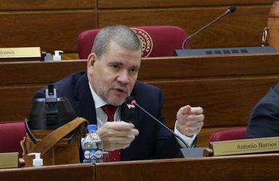 Senadores exigen destitución de Giuzzio y apuntan a disolver la FTC