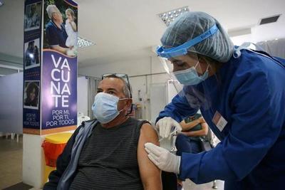 Uruguay: ya vacunaron con dos dosis a más del 50% de la población y habilitaron las fiestas y espectáculos públicos – Prensa 5