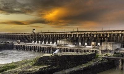 Itaipú: ¿Tarifa de exportación de energía eléctrica al Brasil se quiere bajar ya desde el 2022?
