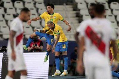 Copa América: Brasil, a la final sufriendo