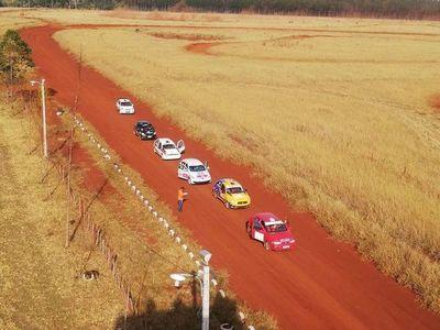Emotivo triunfo de los Alarcón en Mini Rally