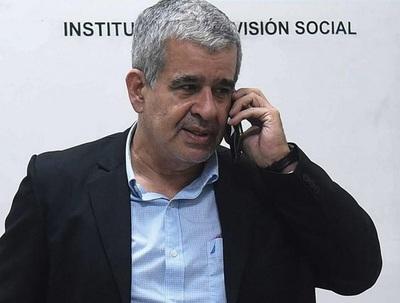 Pedro Halley pide que IPS sea intervenido por comisión de Senado, no por Ejecutivo