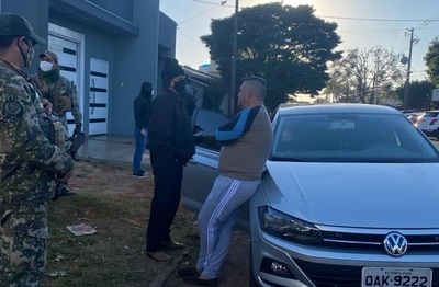 Narcotráfico En allanamientos simultáneos detienen a miembros de esquema de tráfico de drogas al Brasil
