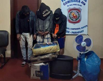 Capturan a presuntos ladrones y recuperan varios objetos