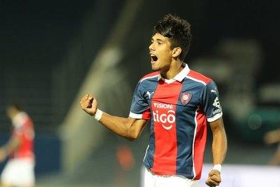 Fredy Vera es cedido por Cerro a otro club de Primera