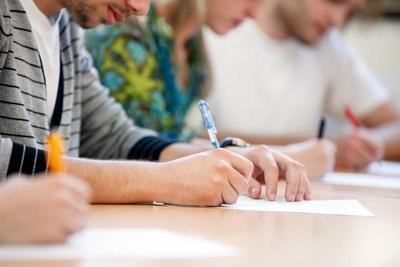 Jóvenes estudiarán y trabajarán en empresa multinacional tras convenio – Prensa 5
