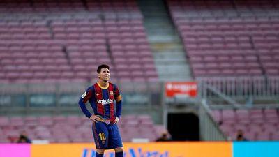 Barcelona vende y cede jugadores para inscribir a Messi