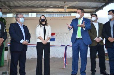 Habilitan planta de oxígeno y nuevo pabellón de contingencia en hospital de Villa Elisa