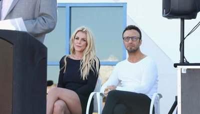 Renunció el manager de Britney Spears por posible retiro de la cantante
