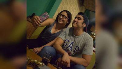 """""""El Sensei"""" se quejó de tesapo'ê: subió una foto con su novia y le llovieron solicitudes"""