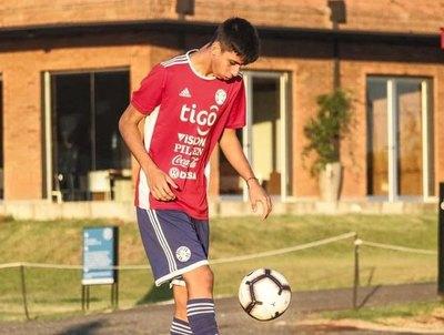 Brilló en el 'Suda' Sub 15, probó suerte en el Milan y será fichado por el club