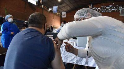Chicanas frenan pesquisas por las vacunaciones vip