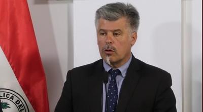 Lejos de renunciar, Giuzzio habla de potenciar su labor en el ministerio del Interior