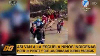 Abandono estatal: Así van los niños indígenas a una escuela en Caazapá