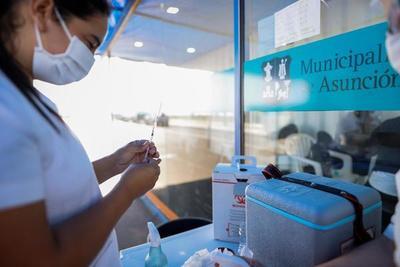Paraguay vacunará a adolescentes de entre 12 y 17 años con factor de riesgo
