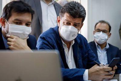 Efraín Alegre va a juicio oral por caso facturas supuestamente fraguadas