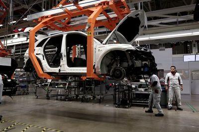 La producción de vehículos en México aumentó un 32 % en el primer semestre