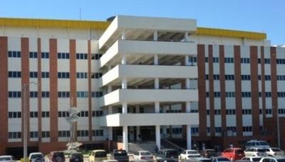 De manera progresiva, la Torre de Consultorios del Hospital de Clínicas vuelve a reactivarse