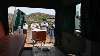 El mundo superó los cuatro millones de muertos por el coronavirus