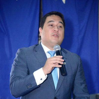 Nakayama lamentó que con votos opositores se haya nombrado un intendente afín a Nenecho
