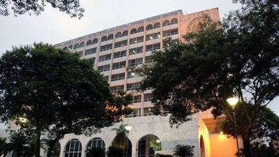Funcionarios judiciales piden ser incluidos como esenciales