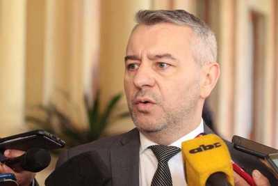 Dani Centurión renunciaría como concejal para ser viceministro
