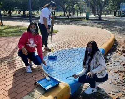 Voluntarios realizan campaña a favor de la inclusión social