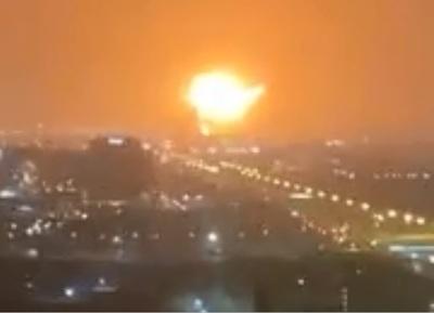 Una fuerte explosión desató un incendio en el principal puerto de Dubai