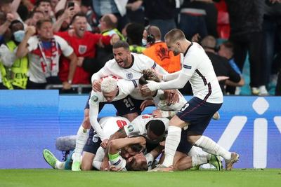 ¡Histórico! Inglaterra vence 2 a 1 Dinamarca y se mete en la final de la Euro