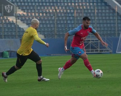 Muchos goles en el amistoso de tres tiempos entre Cerro y Guaraní