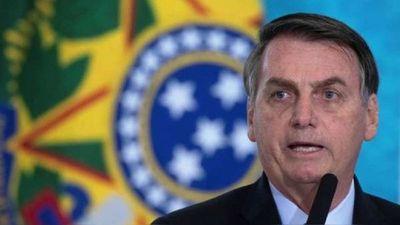 Bolsonaro y el dilema del voto electrónico: si no se vota en papel, podría desconocer resultado de las elecciones de 2022