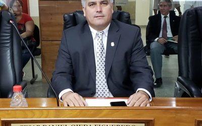 """Nuevo intendente seguirá instrucciones de """"Nenecho"""", aseguran ediles"""