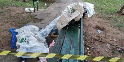 Hallan dos cuerpos sin vida en zona de la Recoleta