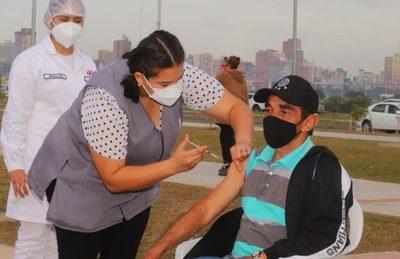 Aumenta cantidad de trabajadores que utilizan el derecho de licencia para vacunación