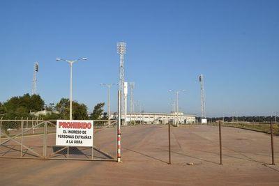 Consejo de la EBY nunca aprobó construcción de estadio para 30.000 espectadores