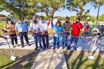 Inauguran plaza deportiva en Unión