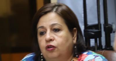 La Nación / Esquema montado con tragamonedas se presta al lavado de dinero, dice senadora
