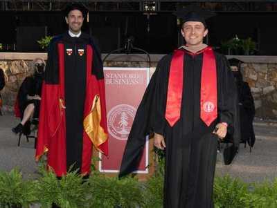 Graduado en Stanford afirma que urge transición a la educación multidireccional en el Paraguay
