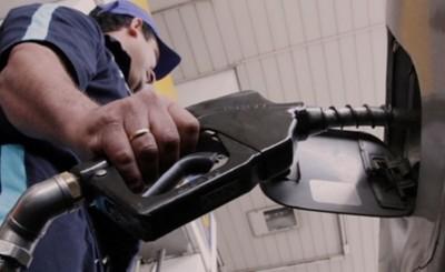 """Emblemas privados """"vacunan"""" con nueva suba en el precio de combustible"""
