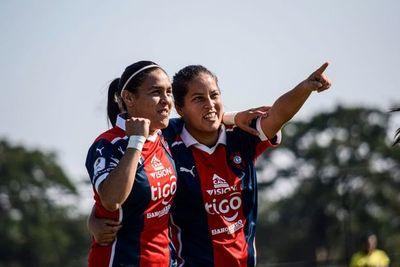 Cerro Porteño gana 10-0 en el inicio del femenino