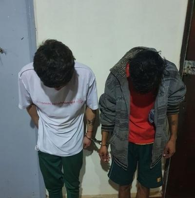 Dos aprehendidos por robar en Hernandarias